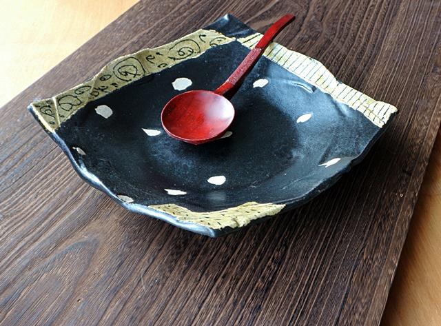 山本一仁 黒 角鉢